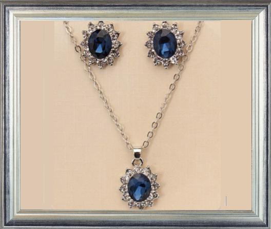 Win 1 of 7 CRYSTAL Titanic Inspired Jewellery Sets!